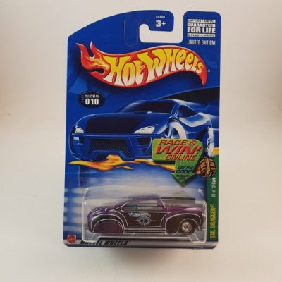 HOTWHEELS TAIL DRAGGER T-HUNT REAL RIDERS CARD IS NOT MINT