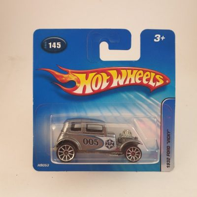 HOT WHEELS 1932 FORD VICKY #145